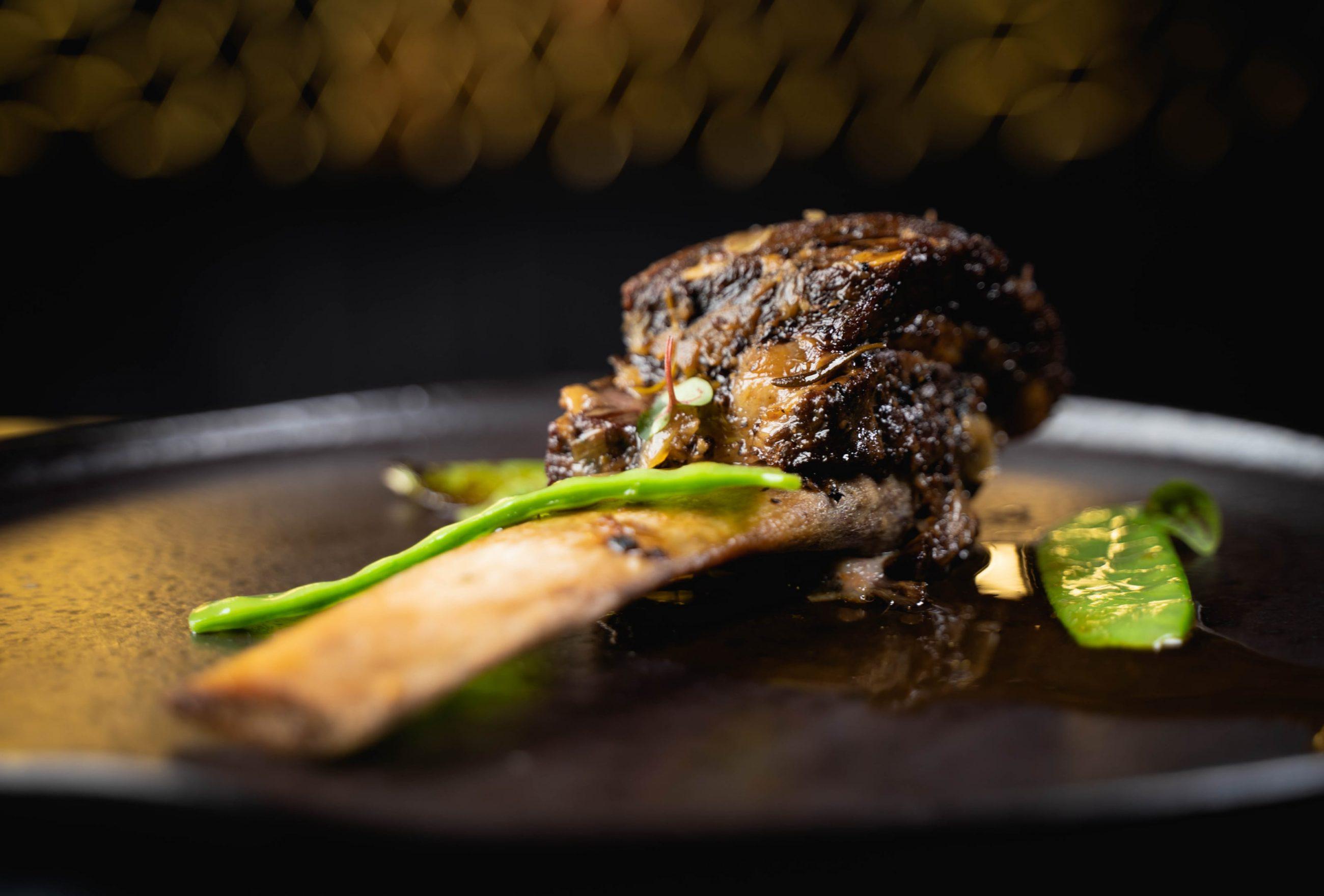 D'Avenida - Fine Dining & Clubbing