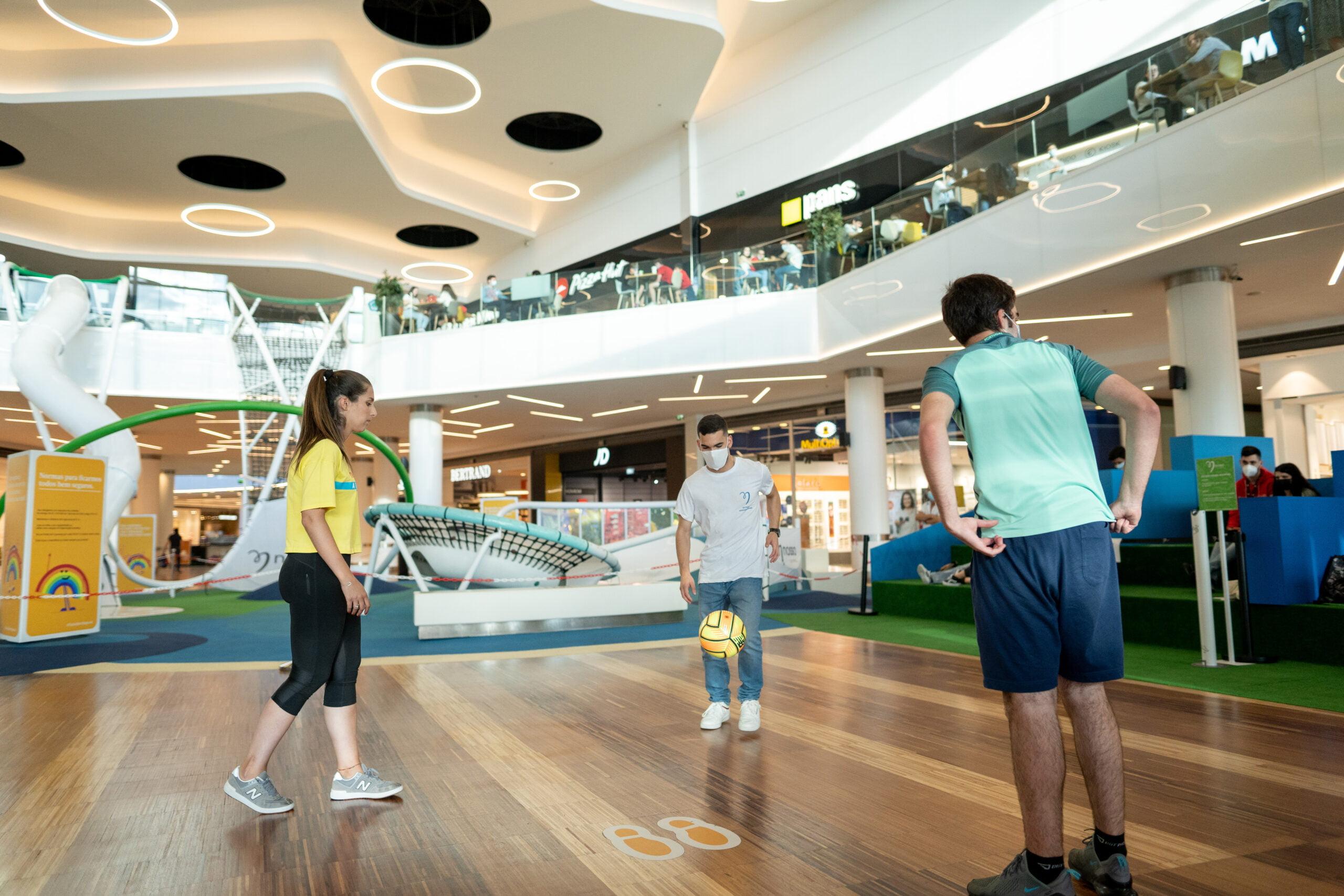 Ação promocional 'Chuta Para Golo' - Nosso Shopping